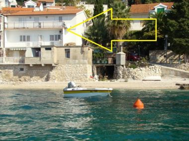 Apartmaji Gordan - Apartments by the Sea: A1(3+1), A2(3+1), A3(2+1) Brist - Riviera Makarska