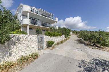 Apartmaji Mil - 80m from the sea A1(4+1), A2(2+2) Sevid - Riviera Trogir